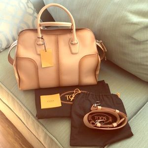 NWT authentic Tod's hand painted tan leather purse